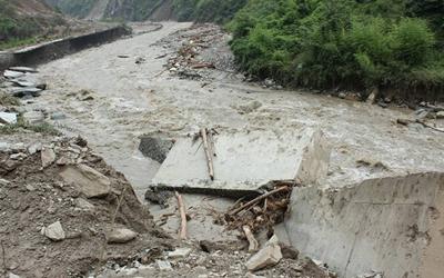 國社@四川|四川汶川發生山洪泥石流災害 應急管理部已派出工作組趕赴災區