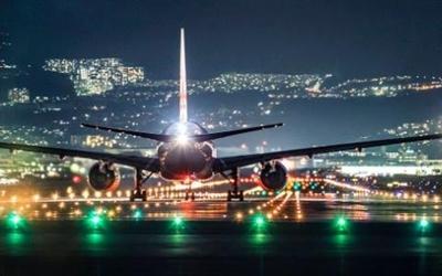 國社@四川 成都雙流國際機場遇雷暴71架航班延誤