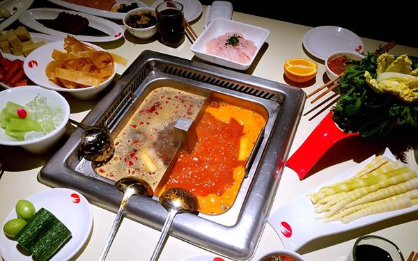 國社@四川|漲價後又致歉,疫情之下餐飲企業如何脫困?