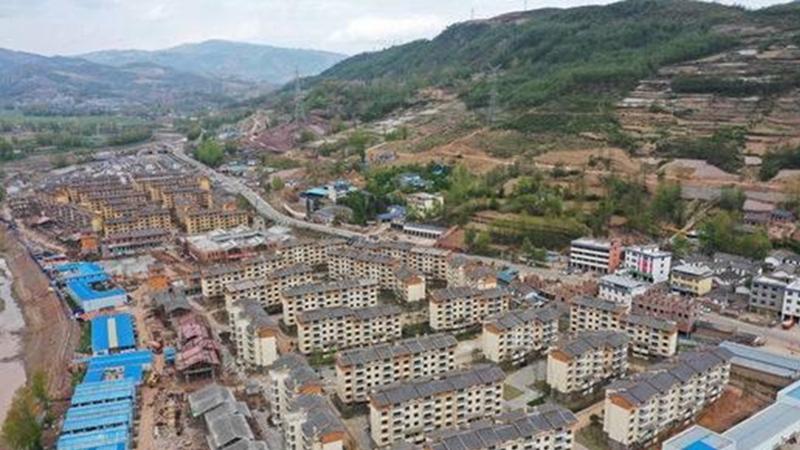國社@四川|走下懸崖,新生活從這裏起航——探訪四川最大易地扶貧搬遷安置點