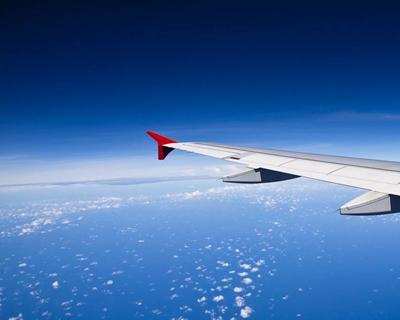 九黃機場恢復多個直飛航班 迎來復工後第一個省外團航班